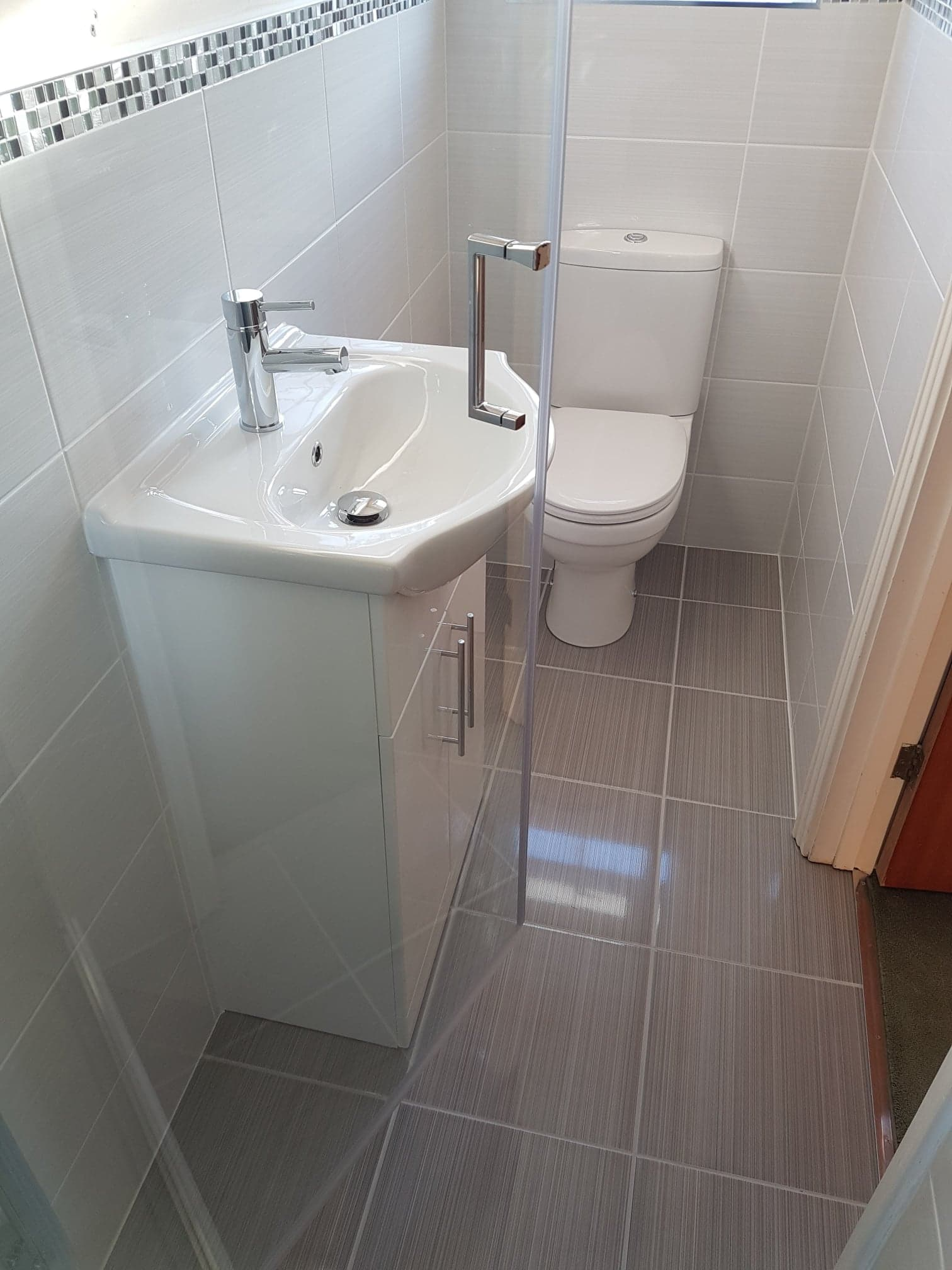 bathroom installations eastbourne modern and affordable